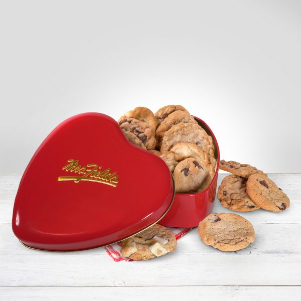 heart shaped cookie tin